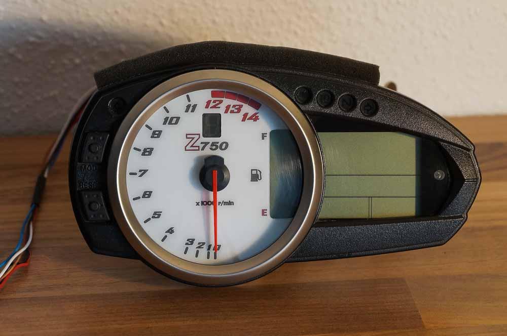 Ganganzeige_Z750_Gear-Indicator-3.jpg